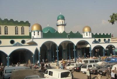 The-Grand-Anwar-Mosque-Merkato