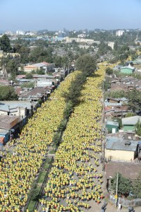A Sea of yellow shirts as the Great Ethiopian Run sets off - curtsey of the GER -http://ethiopianrun.org